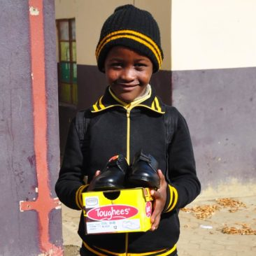 School Uniforms distribution at Buhlebezwe school in Roosboom – South Africa