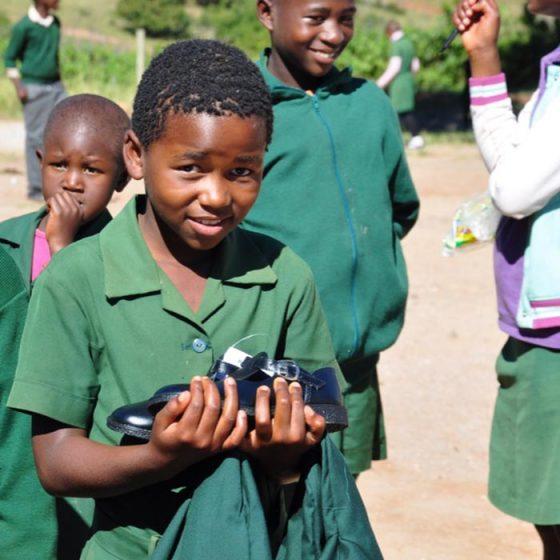 Uniforms distribution –  Nginamadvolo Primary School, Swaziland – 2017